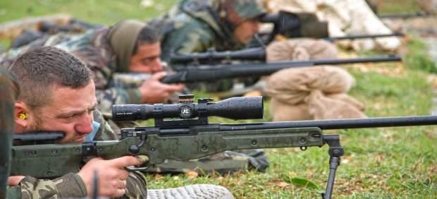 Un momento de las prácticas de tirador selecto en Líbano