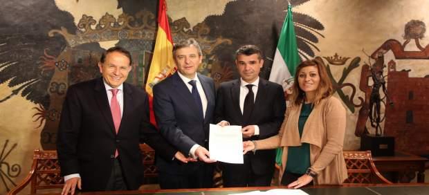 Endesa y el Ayuntamiento de Marbella firman un convenio