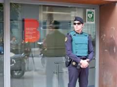 Registro de la Guardia Civil en Bimsa.