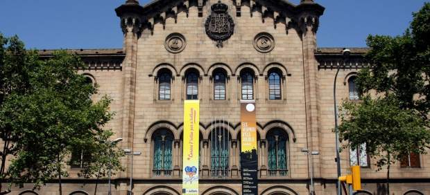 Edificio histórico de la Universidad de Barcelona.