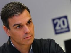 Sánchez propone un PSOE a la izquierda con dos enemigos: el PP y el neoliberalismo