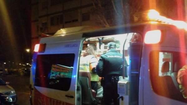 Policía y ambulancia