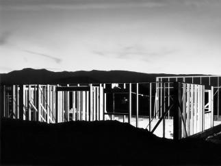Lewis Baltz - Night Construction, Reno, de la serie Nevada, 1977