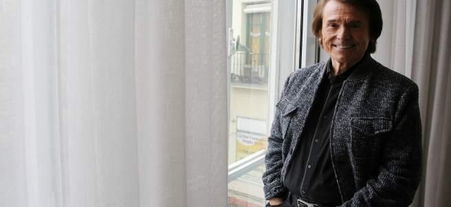 Entrevista con Raphael por la publicación de su disco Infinitos bailes