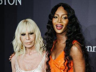 Naomi Campbell y Donatella Versace