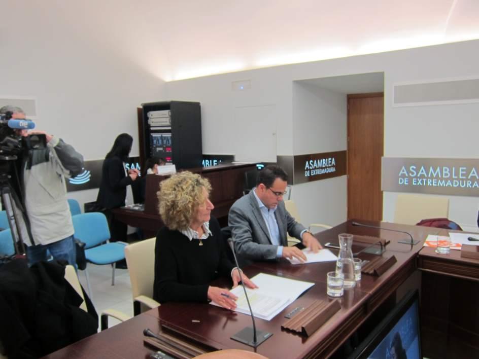 La junta destaca que la mesa sectorial tendr la ltima for Convocatoria de docentes 2017