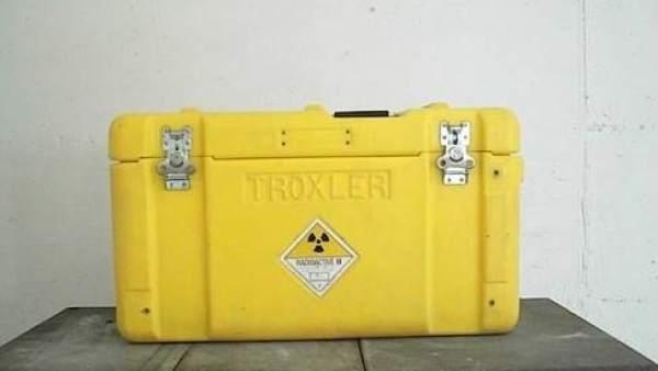 Así es la maleta con un equipo radiactivo sustraido en Barcelona