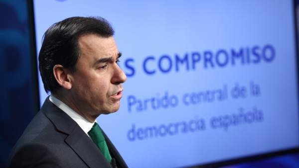 Fernando Martínez Maillo presenta las líneas básicas de la Ponencia Política y