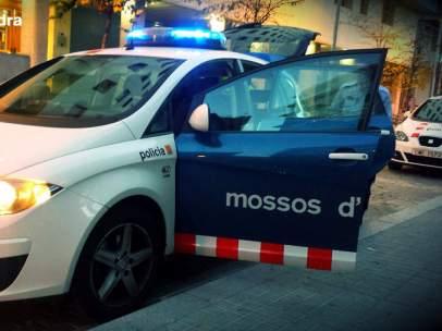 Los Mossos d'Esquadra investigan la muerte de una mujer en Lleida