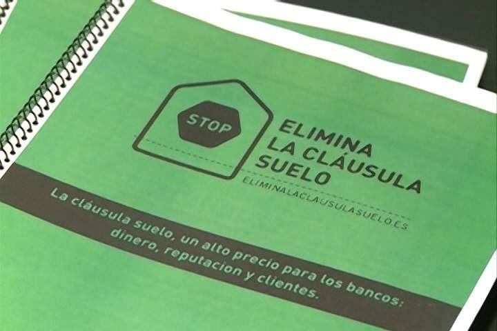 El constitucional admite un recurso de podemos contra el for Recurso clausula suelo