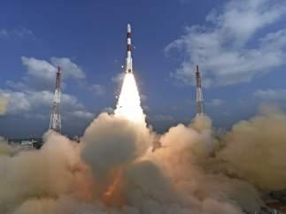 Lanzamiento satélites en India.