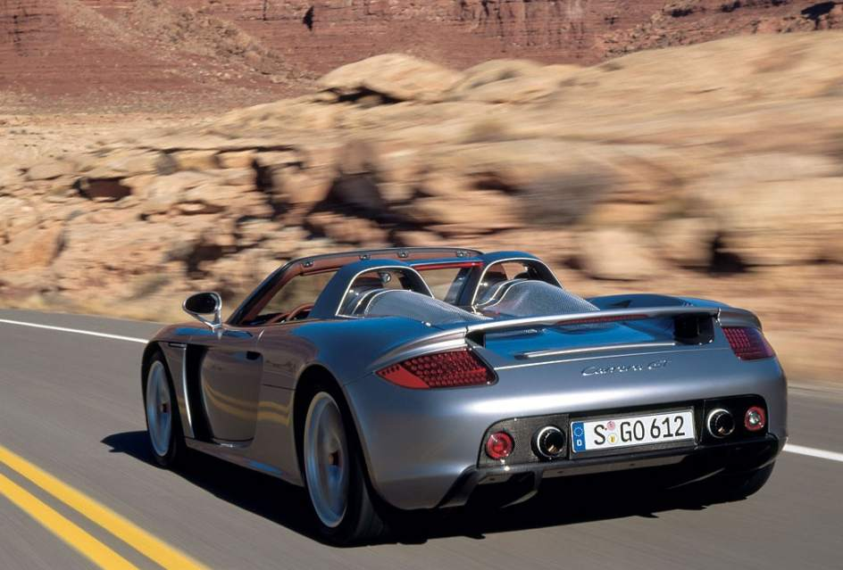 as era el porsche carrera gt en el que falleci paul walker. Black Bedroom Furniture Sets. Home Design Ideas