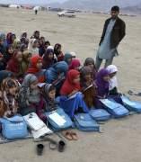 Niños refugiados Afganos