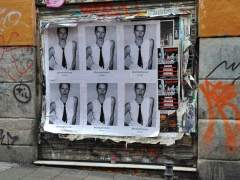David Delfín homenajea a su amiga Bimba con una pegada de carteles