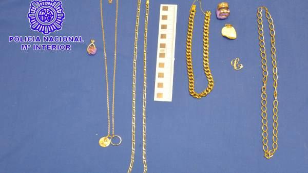 Imagen de las joyas intervenidas.