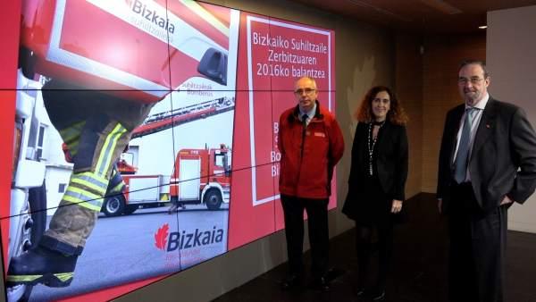 Ibone Bengoetxea presenta el balance del servicio de bomberos