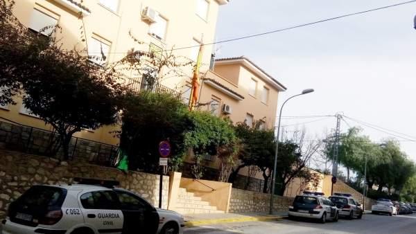 La Guardia Civil Detiene A Un Joven Cuando Agredía A Su Expareja En La Vía Públi
