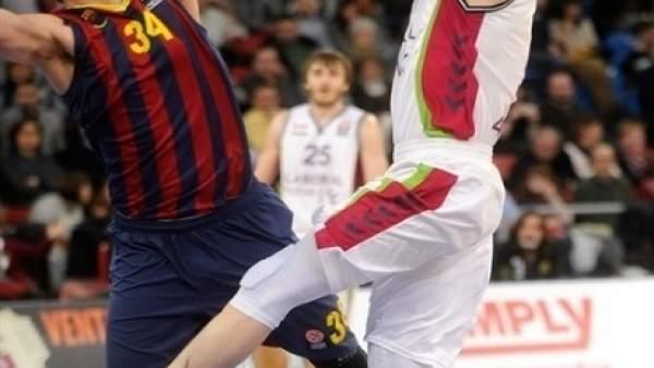 El Barcelona asalta el Buesa Arena