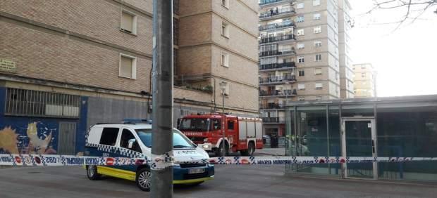 Un incendio en un edificio del barrio de san jorge causa for Pisos en san jorge pamplona