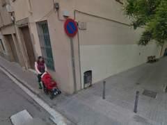 Multan a una vecina de Mataró con 200 euros por ir con un cochecito de bebé por la calzada