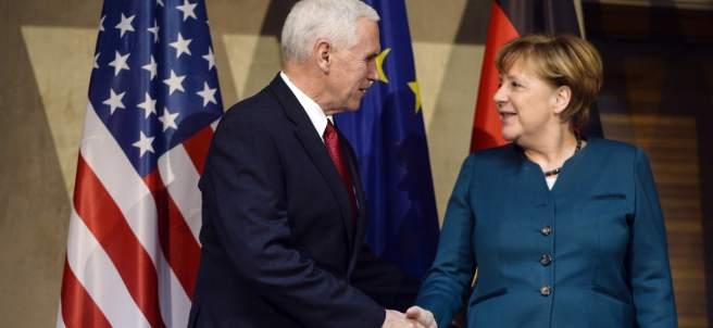 Pence y Merkel