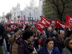 """Miles de personas salen a la calle para gritar """"Stop al encarecimiento de la vida"""""""