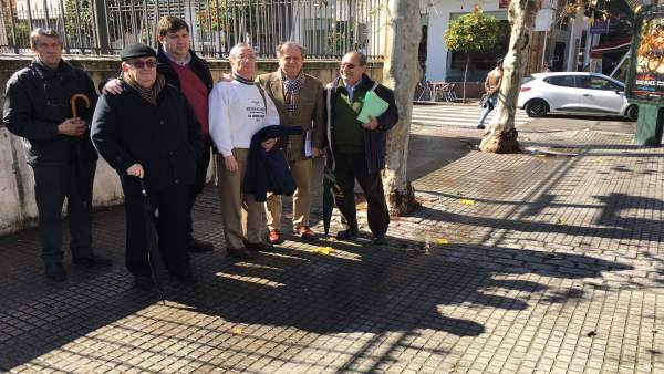 PP visita la avenida de Medina Azahara en Córdoba capital