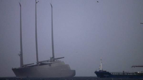 El Sailing Yatch A.