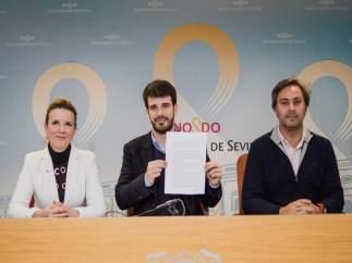 El concejal de Ciudadnaos, Javier Moyano, en rueda de prensa