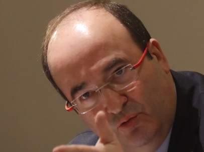 El primer secretario del PSC, Miquel Iceta, este lunes en un desayuno informativo en Madrid.