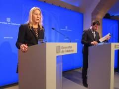 La portavoz del Govern, Neus Munté, y el conseller de Salud, Toni Comín