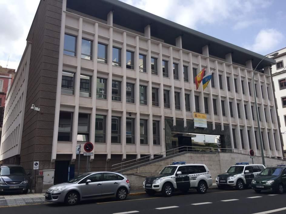 La guardia civil registra las oficinas del catastro en las for Oficina de correos las palmas de gran canaria