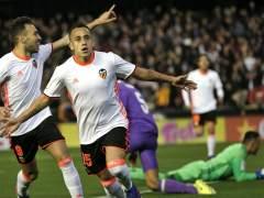 El Valencia tumba al Real Madrid y aprieta la Liga