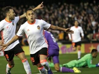 Gol de Orellana al Madrid