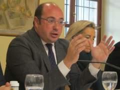 Un informe de Púnica víncula a De Pedro y el presidente de Murcia