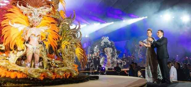 Resultado de imagen de El carnaval de Santa Cruz toma la calle con la Cabalgata Anunciadora