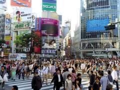 Trabajar menos y gastar más, lo último en Japón para evitar suicidios en el trabajo