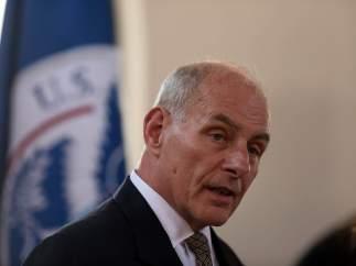 El Secretario de Seguridad de EE UU baraja prohibir los portátiles en vuelos internacionales
