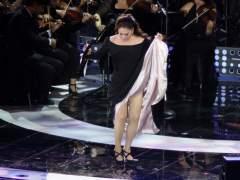 Isabel Pantoja enseña de más durante su actuación en Viña del Mar