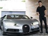 Cristiano Ronaldo prueba su nuevo Bugatti Chiron