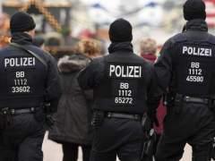 La policía alemana dispara a un hombre que atropelló a varias personas en una zona peatonal