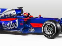 Toro Rosso presenta el coche de Sainz con cambio de color