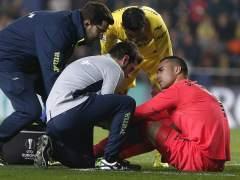 Sergio Asenjo se rompe el ligamento cruzado de la rodilla izquierda