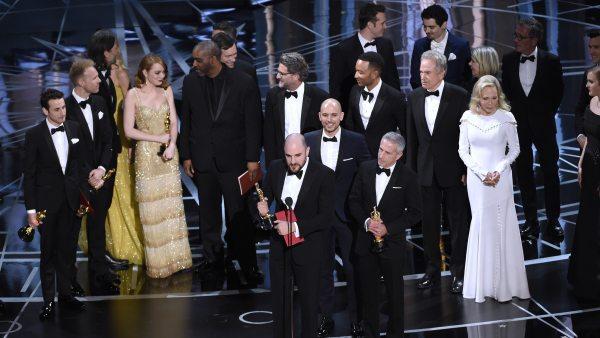 'La La Land' recibe el Oscar a mejor película por error
