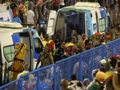 Una carroza atropella a ocho personas al entrar en el sambódromo de Río