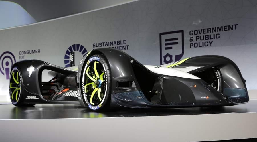 Imagen de la keynote sobre vehículos conectados del Mobile World Congress