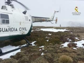 Helicóptero der rescate de la Guardia Civil