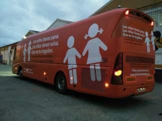 Hazte Oír anuncia una segunda etapa de su autobús y una campaña por el aire