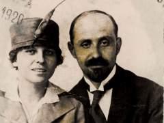 Revelan 'Monumento de amor', la relación al desnudo de Juan Ramón y Zenobia
