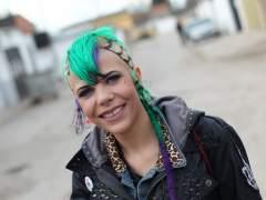 Tania Granado, estudiante de FP básica de estética, en el poblado de Cañada Real